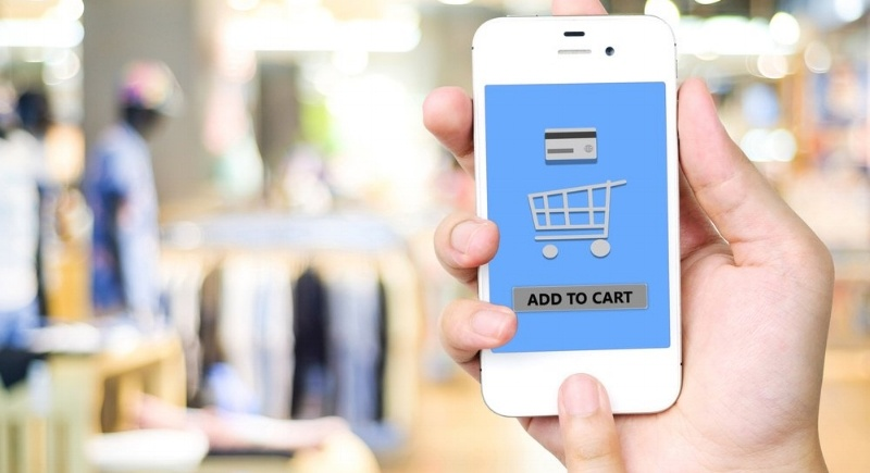 Mobile shopping and customer data