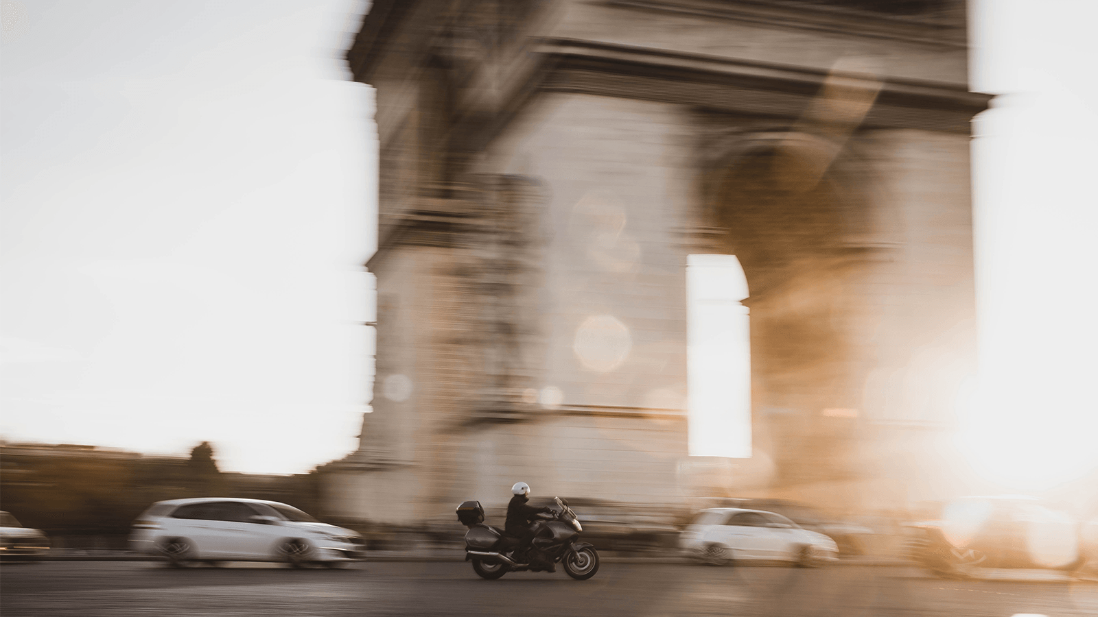 What I Learned About Master Data Navigating the Champs-Élysées